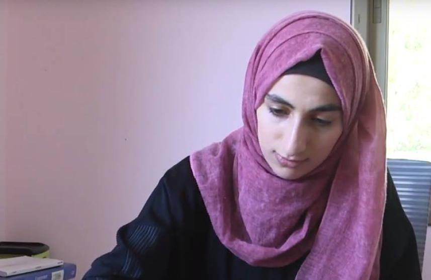 فنانة فلسطينية تبتكر نماذج مصغرة