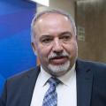 ليبرمان: رغم التنسيق الأمني لا تسوية مع عباس