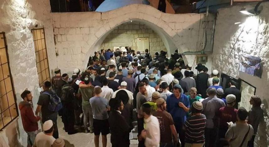 يقتحمون قبر يوسف في نابلس