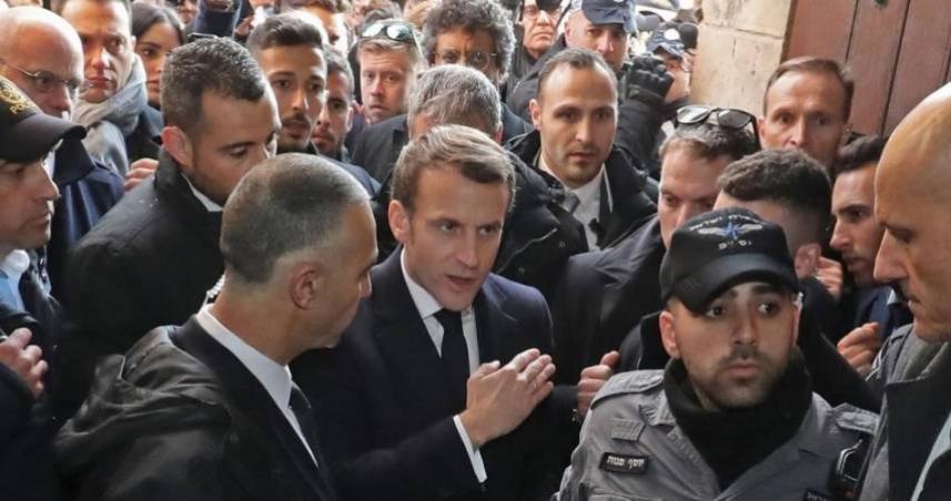 الرئيس الفرنسي يمنع أمن الاحتلال من دخول كنيسة سانت آن