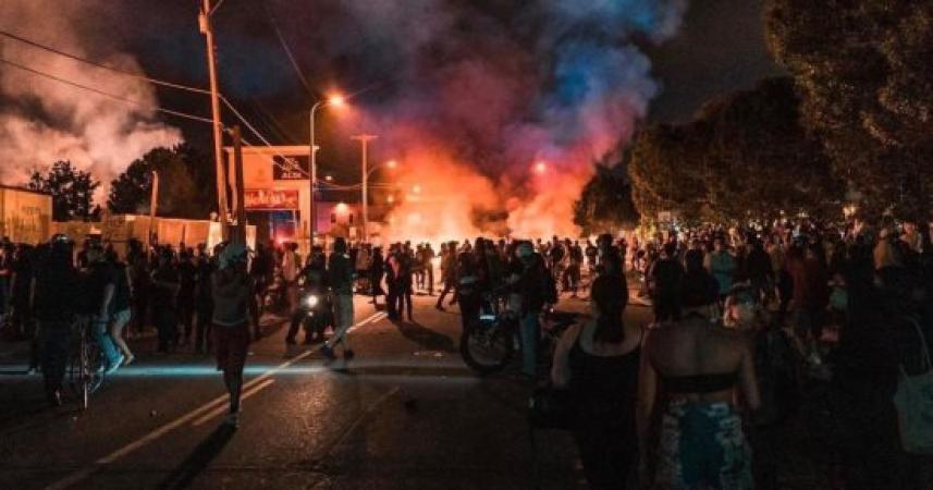 المواجهة في مينيابوليس