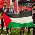 لاعبان نيجيري وفرنسي يلوحان بالعالم الفلسطيني