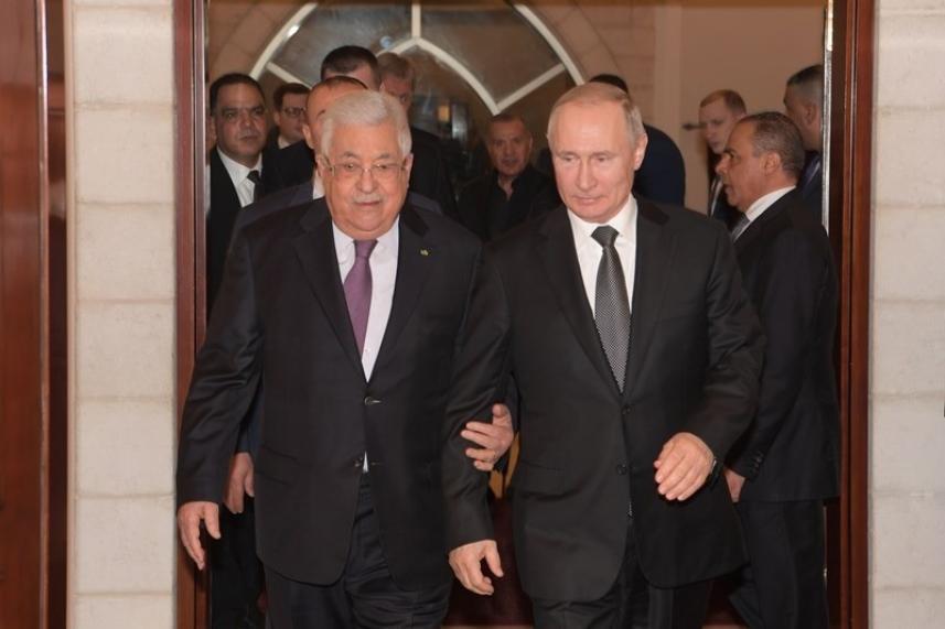 عباس يستقبل بوتين