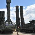 """صواريخ """"إس-300"""" الروسية"""