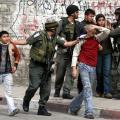 العدو  يعتقل الأطفال الفلسطينيين (أرشيف)